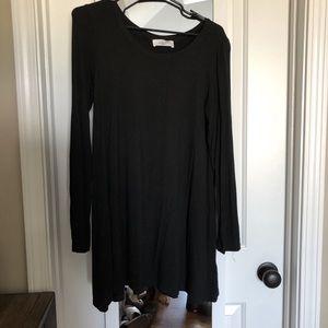Carly Jean Los Angeles basic tunic